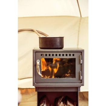 orland-tent-stove-coooking-surface.jpg
